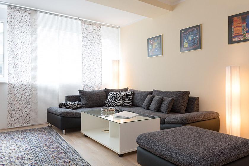 Couch Apartment Wiedner Hauptstraße Wien